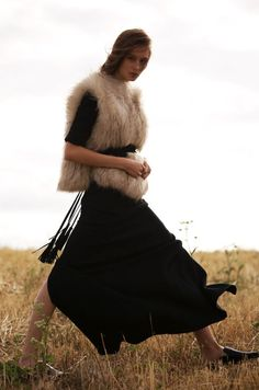 The Maje Legends Of Fall Capsule Collection – RINGLEY dress, GLACIALO coat, ANOUSHKA belt