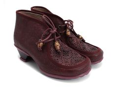 Burgundy or Brown?  I just pinned the burgundy ones.