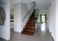 concept-m-172-design-escalier-koeln-700x430 House Extension Design, Extension Designs, Plan Ville, German Houses, Villa, House Extensions, Construction, Minimalism, Stairs