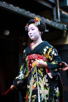 Mamefuji of Gion Kobu