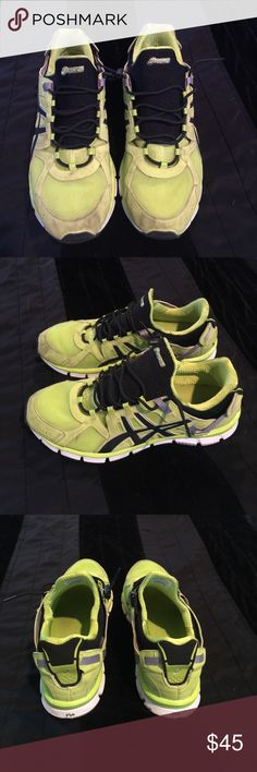 ⚡️SALE!!!⚡️ASIC gel men's size 11! Make an offer! Asics Shoes Athletic Shoes