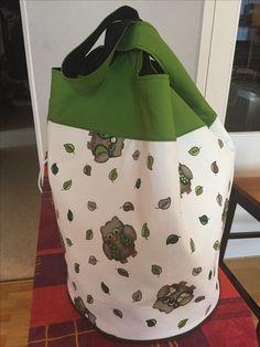 Cloverleaf bag from  http://www.sewmamasew.com/2013/09/cloverleaf-bag-tutorial-pattern/