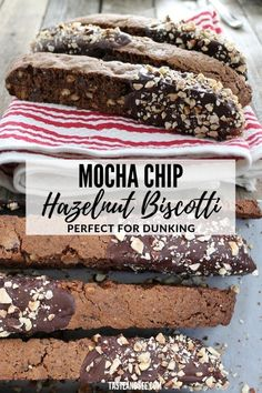 These Mocha Chip Hazelnut Biscotti are loaded with chopped hazelnuts, chocolate chips. and coffee! These Mocha Chip Hazelnut Biscotti are loaded with chopped hazelnuts, chocolate chips. and coffee! Mocha Chocolate, Melting Chocolate, Chocolate Chips, Coffee Deserts, Coffee Cake, Hazelnut Biscotti Recipe, Coffee Biscuits, Yummy Treats, Yummy Food