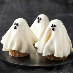halloween gebäck cupcakes gespenster