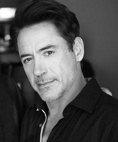 Robert Downey Jr, Robert Jr, Disneysea Tokyo, Funny Marvel Memes, Man Thing Marvel, Iron Man Tony Stark, Super Secret, Marvel Actors, Handsome Actors