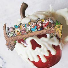 snow white disney pin