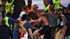 (Video) Violento enfrentamiento entre aficionados en Italia