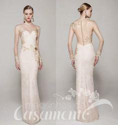 Com as costas dos  vestidos ficando cada vez mais lindas, algumas vezes até mais bonitas que a frente, não tem como não prestar atenção nela...