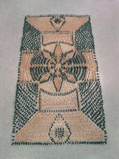 Elaborate Carpets Made of Unconventional Materials - Artists Marcia Nolte, Stijn van der Vleuten, and Bob Waardenburg, known as the collective WE MAKE CARPETS. Neutral Carpet, Dark Carpet, Textured Carpet, Green Carpet, Patterned Carpet, Carpet Colors, Contemporary Carpet, Carpet Installation, Berber Carpet