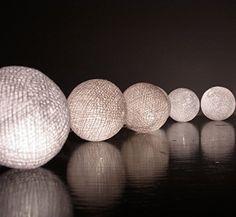 20/Set Classique Boule Coton Blanc Léger Pour Noël Parti Décor à la Maison, http://www.amazon.fr/dp/B00OTYQ6LK/ref=cm_sw_r_pi_awdl_aSB2vb1A7MYCT