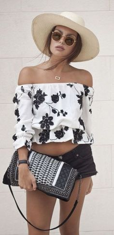 #summer #fashion / black and white floral print