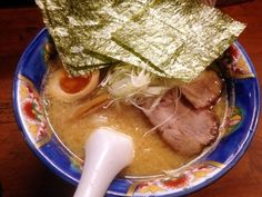 うっまい!甘い味噌と濃厚な豚骨スープがめっちゃ熱くて札幌で食べた時を思い出すわ。味噌ラーメンで一番好きかも - 10件のもぐもぐ - みそらーめん 味玉+海苔 by chan mitsu