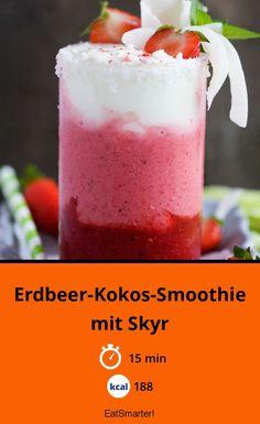 Clever naschen: Erdbeer-Kokos-Smoothie mit Skyr - kalorienarm - schnelles Rezept - einfaches Gericht - So gesund ist das Rezept: 8,7/10 | Eine Rezeptidee von EAT SMARTER | Clean Eating, Vegetarisch, Alkoholfrei Getränke, Shake, Erdbeershake, Power Drink, Smoothie, Erdbeer-Smoothies, Obst Smoothies, Smoothies mit Banane, Superfood Smoothies, Snacks, Dessert, Erdbeerdessert, Leichte Desserts #getränke #gesunderezepte Eat Smarter, Snacks, Beverages, Low Carb, Pudding, Superfood Smoothies, Clean Eating, Strawberry Smoothies, Coconut Smoothie