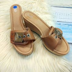 Sandal style NEW Dr. Scholls tan sandals size 11 $10 .  .  Friday and Saturday from 12-7pm join us for No Housework Day! Ditch your chores and join us for a day of raffles 30% off clearance (Spring Clean & Sell to Us for STORE CREDIT - get PAID to shop!) food and fashion!  .  .  Gotta have it? We do phone orders! Call: 610-455-1500 or  Shop: 1369 Wilmington Pike Hours: Mon- Sat: 10-8 Sun: 12-6  We ship and deliver free to our sister stores: Springfield & East Norriton. We Ship to Your Home…