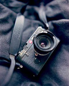 Leica M6 by Glauco França, via Flickr    (Shot: Pentax 67)