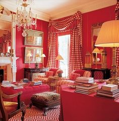 7 Gorgeous Holiday Interiors Transformed by Red Rugs Red Interiors, Beautiful Interiors, Decorating Your Home, Interior Decorating, Interior Design, Living Room Red, H & M Home, Red Rooms, Home And Deco