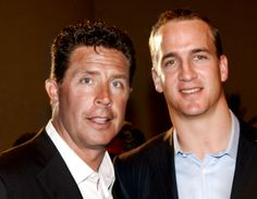 Dan Marino & Peyton Manning Pro Football Teams, Denver Broncos Football, Football Baby, Peyton Manning Colts, First Down, Nfl Sports, National Football League, Miami Dolphins, Sport Man