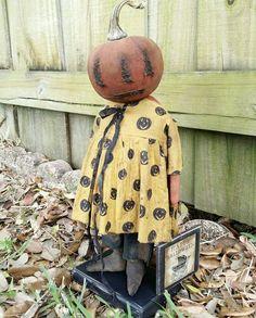 Halloween Sewing, Halloween Doll, Halloween Items, Halloween Patterns, Vintage Halloween, Fall Halloween, Halloween Crafts, Easy Primitive Crafts, Primitive Fall