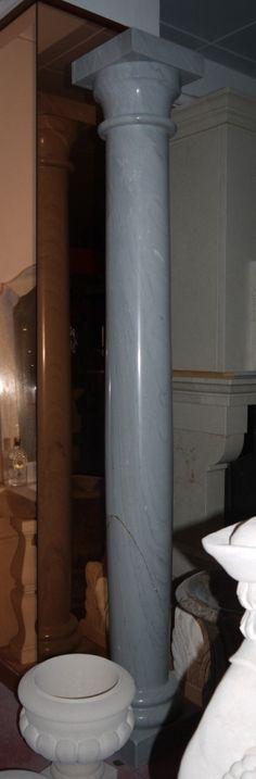 Säule in Marmor - http://www.achillegrassi.com/de/project/colonna-stile-dorico-in-marmo-bardiglio-lucido/ - Dorische Säule in Bardiglio Marmor, poliert Maße:  257cm x 35cm x 35cm