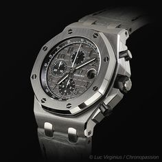 Montre Royal Oak , Chronograph Off shore grey de Royal Oak , Chronograph Off shore grey – Discover the history of the watch, specifications of this watch on sale at Chronopassion