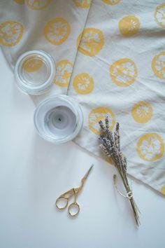 DIY Lemon Stamped Te