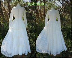 VINTAGE LONG LACE WEDDING DRESS 1950s FULL SKIRT FAIRY TALE BRIDAL GOWN UK 8/10