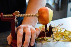 #training #kookschool #keuken #laplace #leren #medewerkers #foodblogger #gerechten #eten #appel #schillen