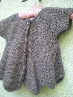 Saw a similar one in knit the other day. I was going to ask my mom to make it but this one I can do myself.