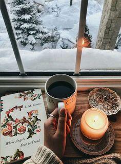 Ideas For Hot Coffee Photography Beautiful Book And Coffee, Hot Coffee, Coffee Time, Diy Christmas Cards, Christmas Lights, Winter Christmas, Christmas Christmas, Xmas, Charms Disney