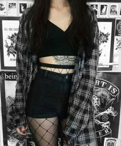 grunge fashion grunge outfit grunge style how to style flannel how Style Outfits, Punk Outfits, Hipster Outfits, Mode Outfits, Summer Outfits, Fashion Outfits, Fashion Clothes, Fashion Ideas, Cute Goth Outfits
