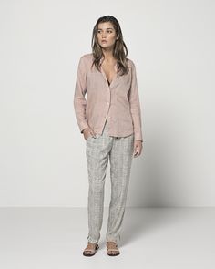 Super Fine Lightweight Linen Classic Shirt (Blush) Drawstring Tapered Pants (Chalk)