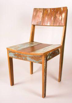Cadeira em madeira de demolição.   http://www.galpaourbanomoveis.com.br/cadeira/N210