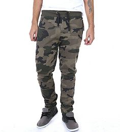 YAY MORE SWEAT PANTS xD (16.00$) from urban planet.
