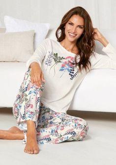 Nemůžeme se dočkat zítřejšího dopoledne v pyžamu :) #modino_cz #pajams #homewear #style #dayoff #lazymorning #morning