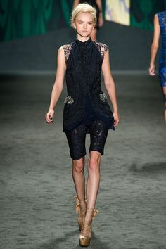 Vera Wang Spring 2013 RTW.  At first glance this appears to be black however I think it's navy blue.