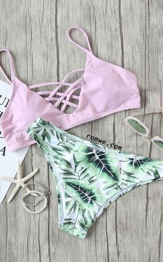 Shop Leaf Print Criss Cross Mix & Match Bikini Set at ROMWE, discover more fashion styles online. Summer Bathing Suits, Cute Bathing Suits, Summer Suits, Bathing Suits For Teens, Bikini Babes, The Bikini, Bikini Tops, Bikini Beach, Bikini Girls