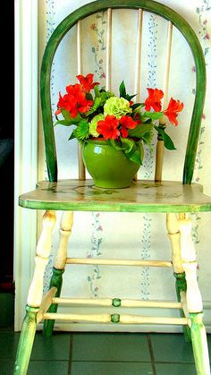 I have some tiny chairs...how perfect to make them flower display tables. :)