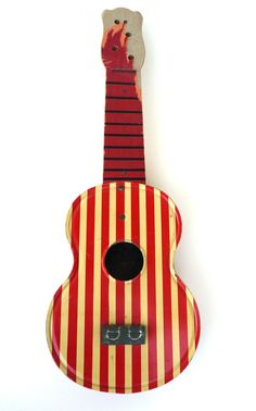 1940's Vintage Toy Ukelele ---- I might have to paint my concert ukelele this way.