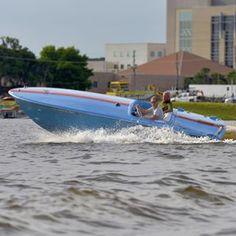 : 1967 Donzi 19 Hornet, v- drive  #ynotyachts #woodyboater #gofast #vdrive #classicboats #classicplastic #vintageboats #vintagestyle #floridaboatlife #florida #tavares #donzi #gulfracing #benchseat