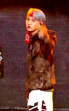 Drop the mic|| JUST BTS SUGA// FUCKI G KILL ME I AM SO GODDAMN DONE WITH HIS ASS