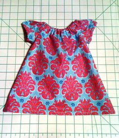 Bella Bama: Newborn Peasant Dress tutorial w/FREE pattern link! & Free Printable little girl peasant dress pattern Size 12 months ... pillowsntoast.com