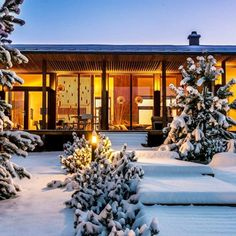 Modern Marvel - These Snow-Covered Homes Will Make You Love Winter - Photos