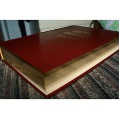 Macedonian Protestant Family Bible Large Print with Gold Lettered Cover and Golded Edges / Large Print