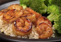 Honey Garlic Shrimp Recipe Here's a restaurant-quality recipe for succulent shrimp seared in a spicy-sweet marinade with honey, soy sauce, ginger, and garlic--that's ready in 10 minutes! Fish Recipes, Seafood Recipes, Dinner Recipes, Cooking Recipes, Healthy Recipes, Healthy Meals, Pepper Recipes, Cooking Pork, Honey Recipes
