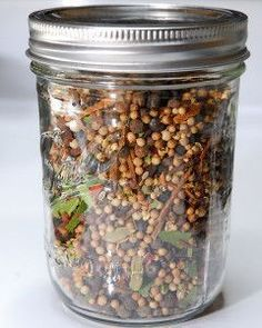 Don't buy pickling spice blends, make your own, it's easy! Makes of a pint jar. Lasts up to 6 months. 2 Cinnamon Sticks, crushed 4 Bay Leaves, dried and crushed 2 Tsp Whole Cloves 2 Tbsp Yellow Mustard Seeds 2 Tbsp Brown Mustard Seed 4 Tbsp Whole Cori. Homemade Spices, Homemade Seasonings, Canning Tips, Canning Recipes, Pickeling Recipes, Easy Canning, Smoker Recipes, Spice Blends, Spice Mixes
