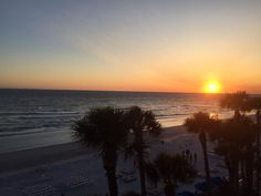 #doubletreebeachresort #beach #sunset Beach Resorts, Celestial, Sunset, Outdoor, Outdoors, Sunsets, Resorts, Outdoor Games