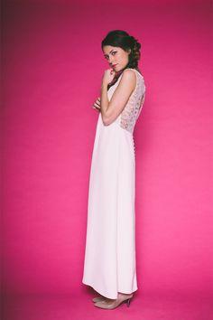 Les Mariées Fox - Créatrice de robes de mariée - Paris| Modèle : Laura | Photographe : Alex TOME  | Donne-moi ta main - Blog mariage