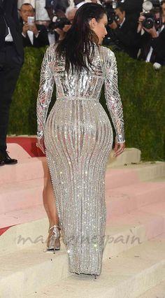 La gluteoplastia está de moda Kim Kardashian trasero