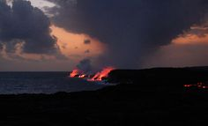 Kona to Hilo day trip: see waterfalls, volcanoes and lava!