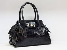 Bags, Shopping, Fashion, Handbags, Moda, Fashion Styles, Fashion Illustrations, Bag, Totes
